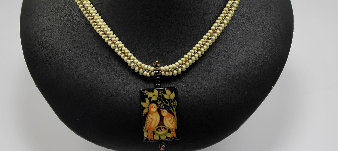 Golden Lovebirds Necklace
