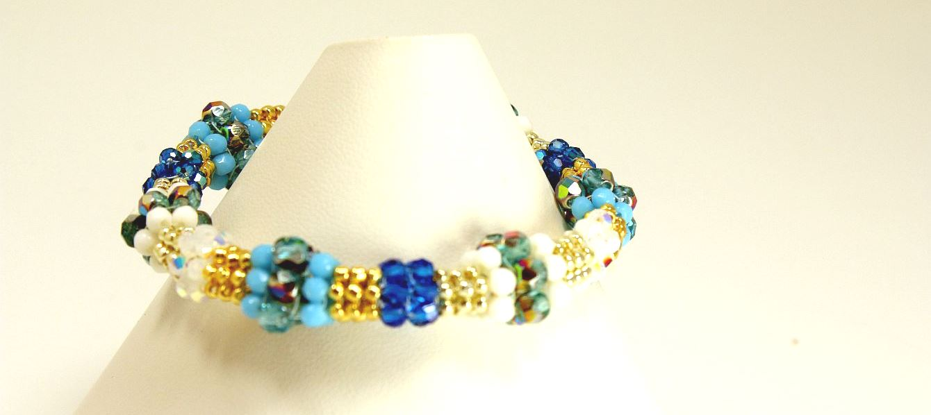 Crystal Blue Persuasion - Bracelet