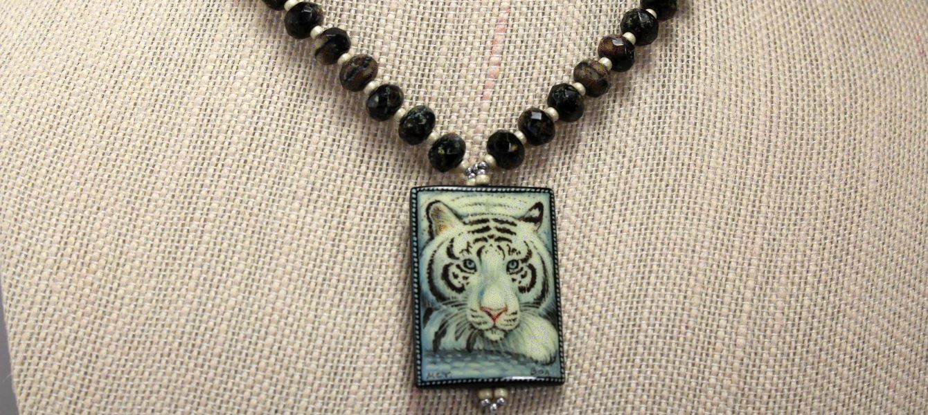 White Tiger - Necklace