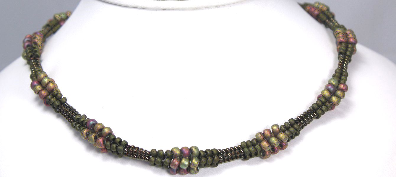 Nancy's Necklace - Olive