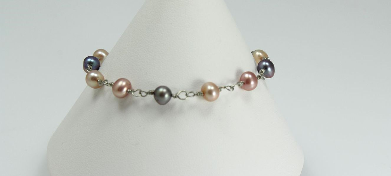 Fresh Water Baby Pearls - Bracelet
